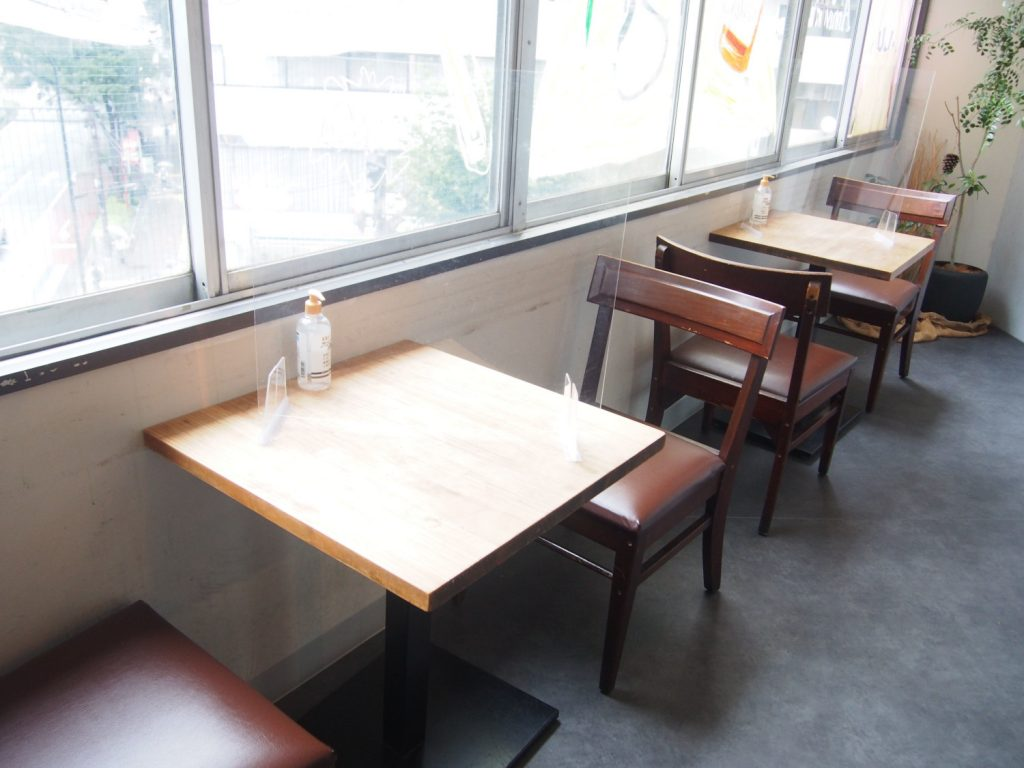 Table Seats by the window of KiboKo