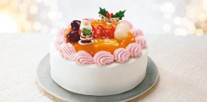 Rice Flour Sponge Fruit Cake Decorated with Soy Milk Strawberry Cream (7-ELEVEN)